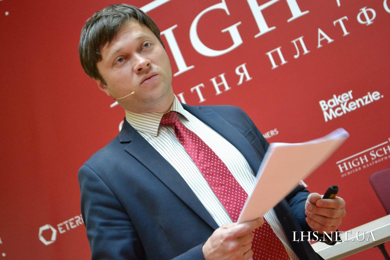 Дмитрий савчук военная работа для девушек по контракту